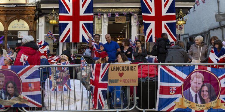 Photos - Les fans de la famille royale en ébullition avant le mariage du Prince Harry et de Meghan Markle
