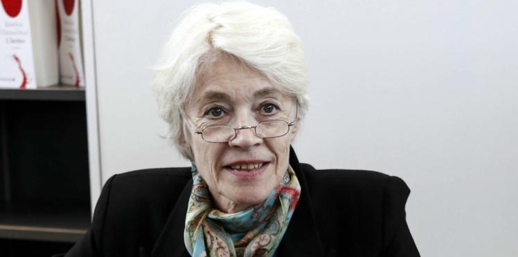 Françoise Hardy : ses propos sur l'origine de la violence masculine font polémique