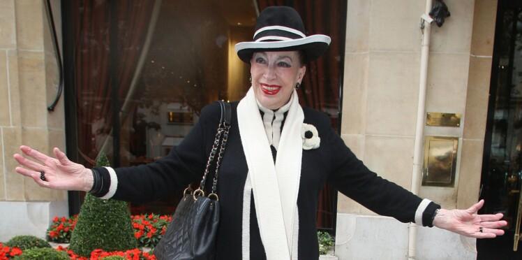 """Geneviève de Fontenay dit """"oui"""" à la """"mode islamique"""""""