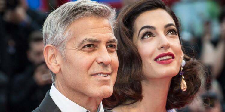 PHOTOS - George et Amal Clooney rayonnants sur le tapis rouge de la Mostra de Venise