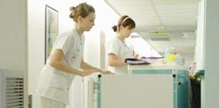 Suicides, burn out, épuisement: les infirmiers en grève pour dénoncer leur situation