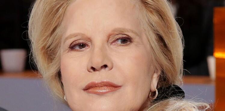 """Héritage de Johnny Hallyday : Sylvie Vartan """"sceptique"""" face aux six testaments de la star"""