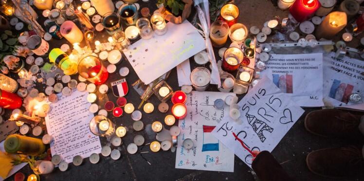 Messages, dessins, poèmes: les hommages aux victimes des attentats de Paris sur internet