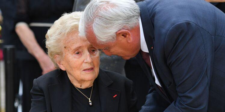 PHOTOS - Inquiétude autour de l'état de santé de Bernadette et Jacques Chirac lors des obsèques de Simone Veil