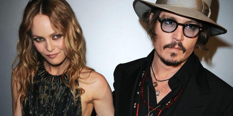 """Johnny Depp : """"Vanessa je l'aime et elle m'aime encore"""""""