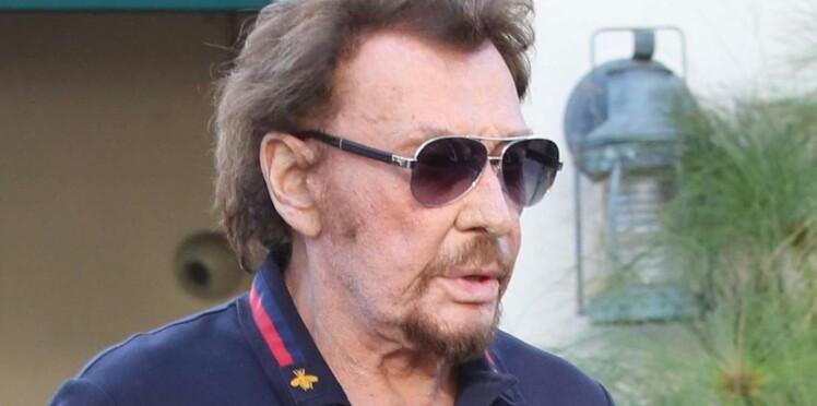 Johnny Hallyday, soumis à un nouveau traitement, profite de vacances en famille