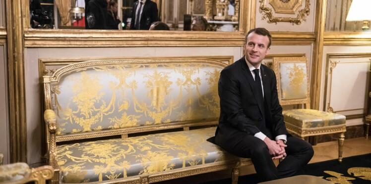Quels sont les deux journaux qu'Emmanuel Macron lit tous les jours?
