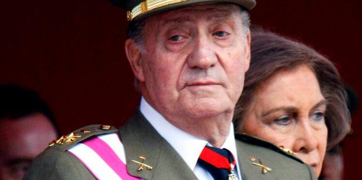 Juan Carlos, le roi d'Espagne abdique, son fils Felipe lui succède