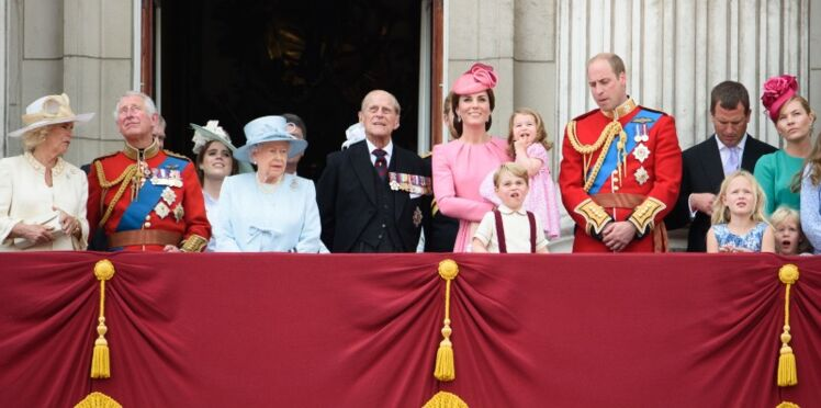 Photos - Kate Middleton et sa fille Charlotte, adorable duo en rose bonbon pour l'anniversaire d'Elisabeth II
