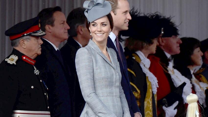 Kate Middleton : les premières photos de son baby bump
