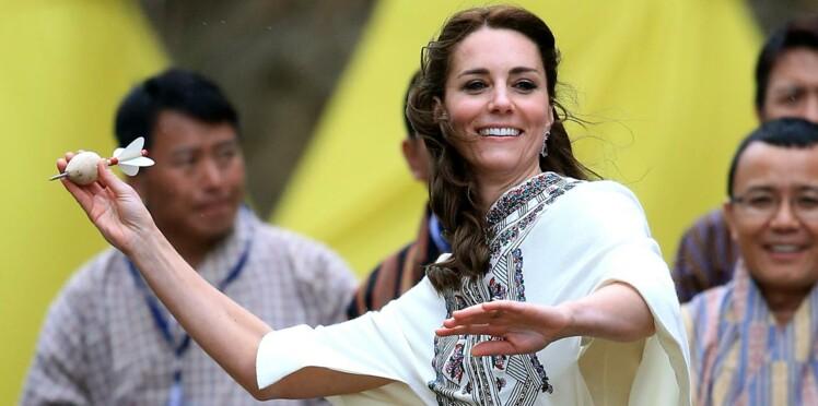 Le prix des tenues (chères et moins chères) de Kate Middleton en Inde