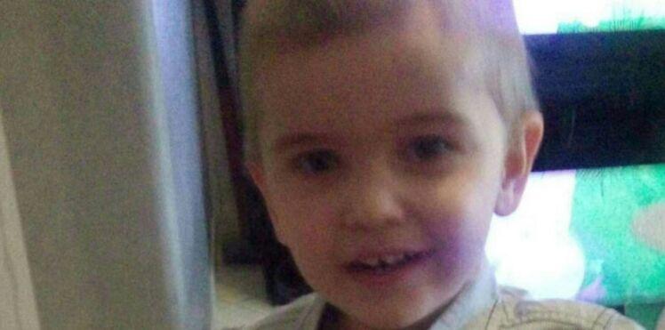 """""""Votre enfant est une erreur de la nature"""" : la maman d'un petit autiste menacée pour avoir scolarisé son fils"""