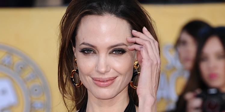 PHOTOS  - Angelina Jolie a 42 ans : retour sur les hommes et les femmes de sa vie
