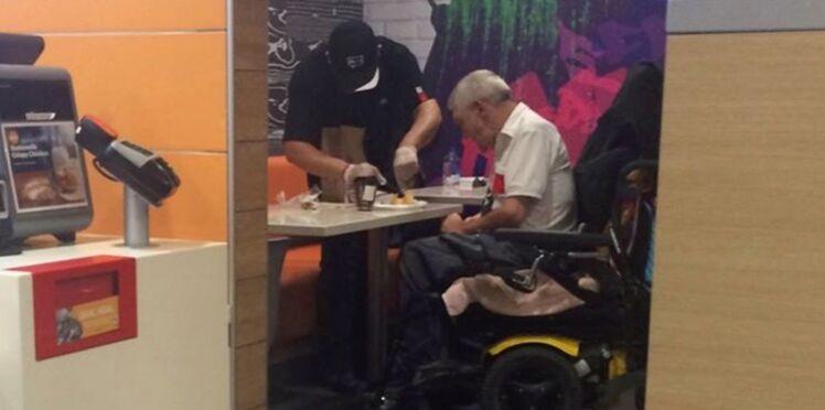 Le geste de cet employé de McDonald's a ému la toile