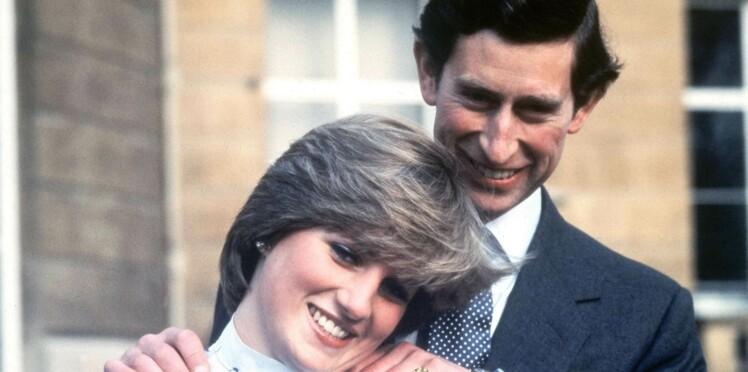 """Le prince Charles """"harcelé"""" par son père pour épouser Diana"""