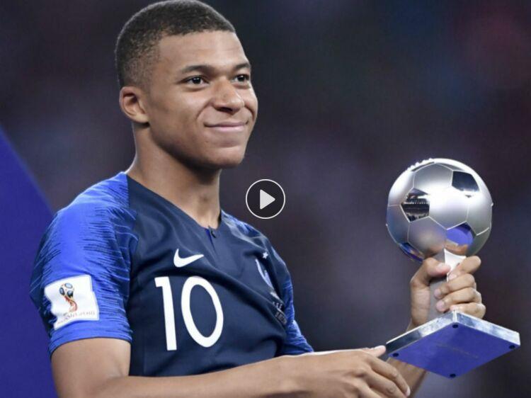 Coloriage Foot Mbappe.Les Bleus Champions Du Monde Kylian Mbappe Est Il En