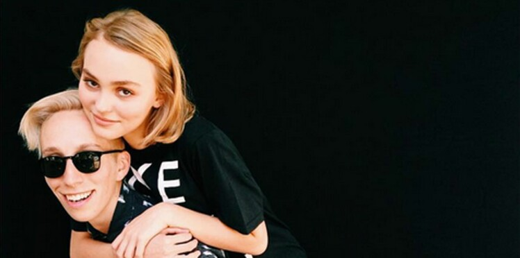 Lily-Rose Depp : la fille de Vanessa Paradis et Johnny Depp est « tout sauf 100 % hétéro »