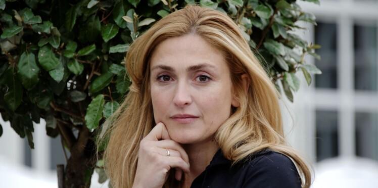 Le livre très attendu qui dérange François Hollande, sur l'influence de Julie Gayet à l'Elysée