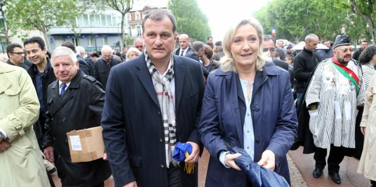 Marine Le Pen : qui est Louis Aliot, son compagnon depuis huit ans?