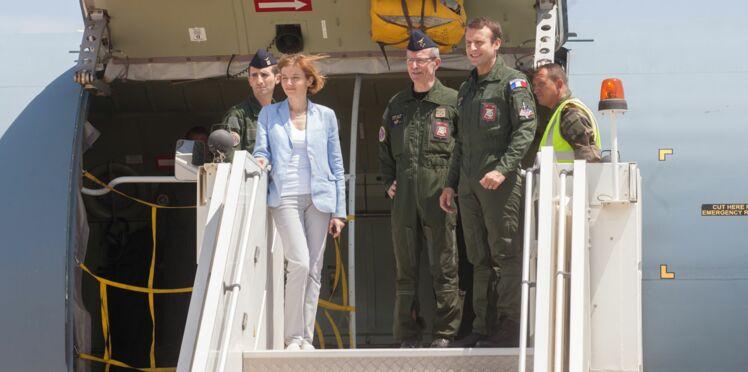 Emmanuel Macron en combinaison de pilote : la photo qui agace les internautes