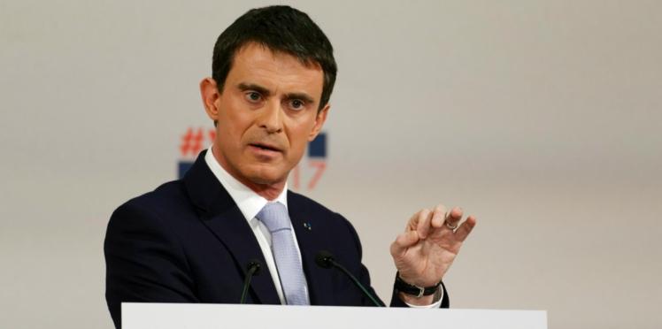 VIDÉO - Manuel Valls moqué sur les réseaux pour son anglais