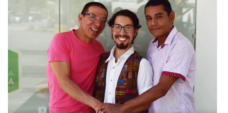 Un mariage entre trois hommes reconnu officiellement