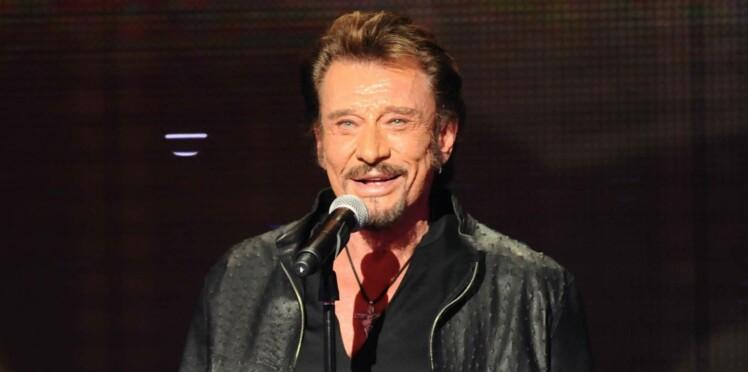 Mort de Johnny Hallyday : selon une médium, le chanteur a été accueilli par Claude François et Édith Piaf au paradis