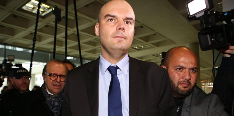 """""""On a menti à la France"""" : l'avocat de Laura Smet s'en prend à celui de Laeticia Hallyday"""