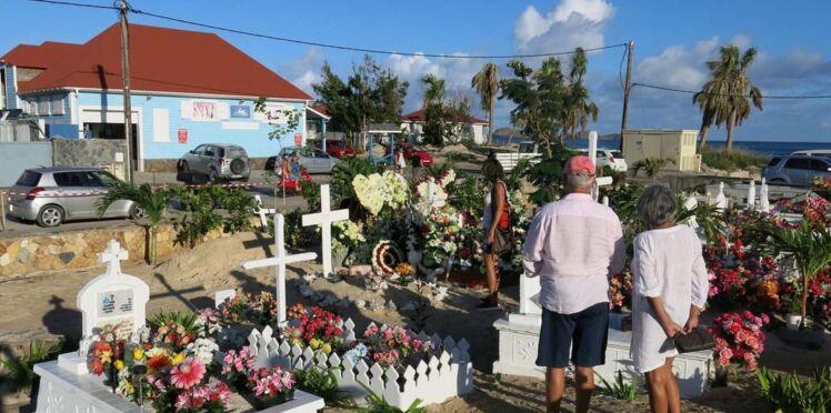 Le message polémique sur la tombe de Johnny Hallyday a été retiré