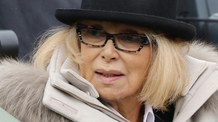 """Mireille Darc de nouveau hospitalisée, son état jugé """"très grave"""""""