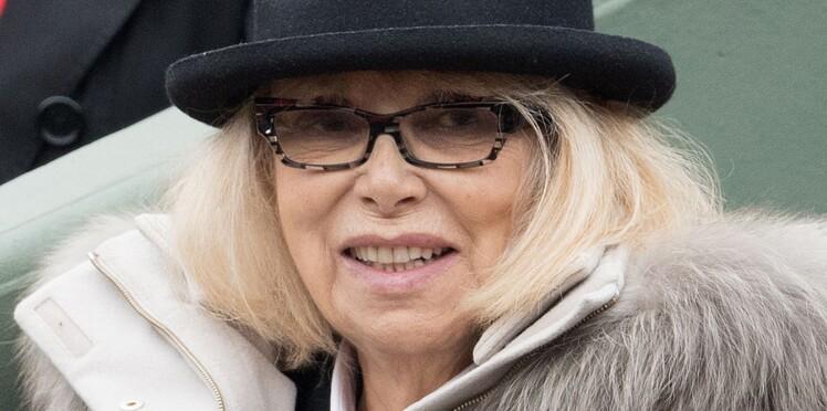 """Mireille Darc : son mari donne des nouvelles de l'actrice """"fatiguée"""" mais qui s'accroche"""