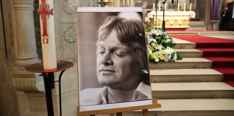 Mort de Claude François: un policier raconte ce qu'il a vu sur place à l'époque