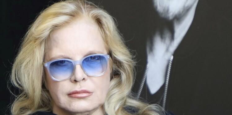 Les propos de Sylvie Vartan sur l'enterrement de Johnny Hallyday à Saint-Barth vivement critiqués