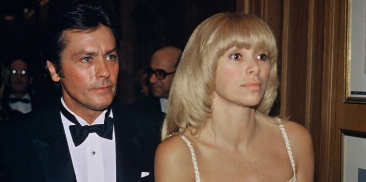 Mort de Mireille Darc :  Alain Delon, Pascal Desprez... qui étaient les hommes de sa vie ?