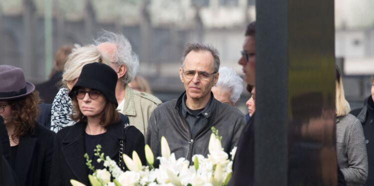 Photos - Obsèques de Véronique Colucci : Jean-Jacques Goldman lui rend un vibrant hommage