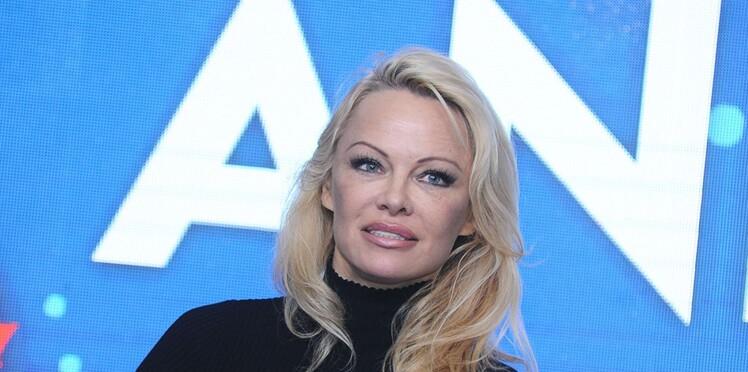"""Pamela Anderson évoque l'affaire Harvey Weinstein et le manque de """"bons sens"""" des victimes"""