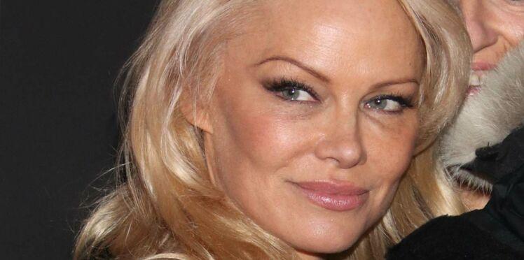 Pamela Anderson quitte les Etats-Unis pour Marseille avec son compagnon français