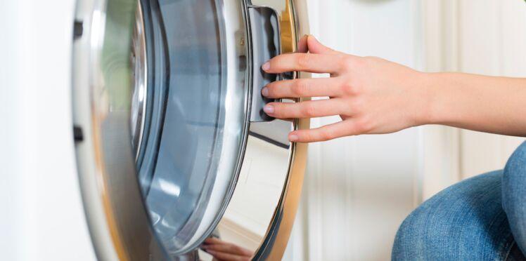 Facebook : une maman poste la photo de son fils atteint de trisomie 21, enfermé dans une machine à laver