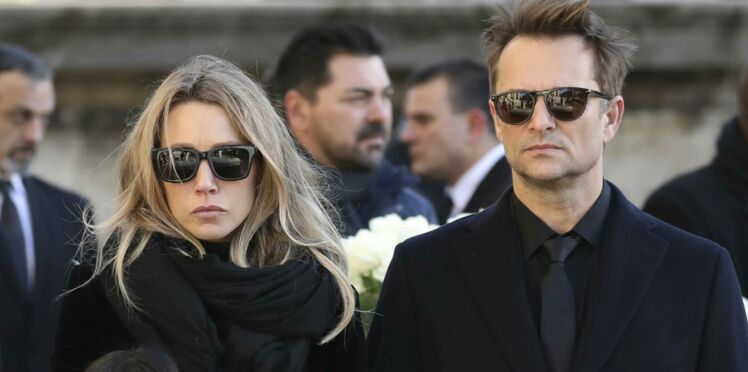 Photo - Laura Smet et David Hallyday publient une photo symbole de leur union face à Laeticia