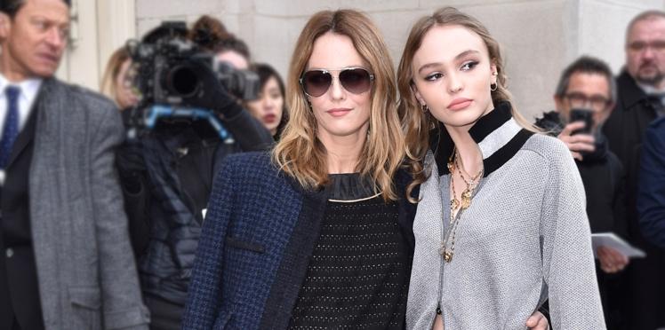 Photo - Lily-Rose Depp rend un émouvant hommage à sa maman, Vanessa Paradis