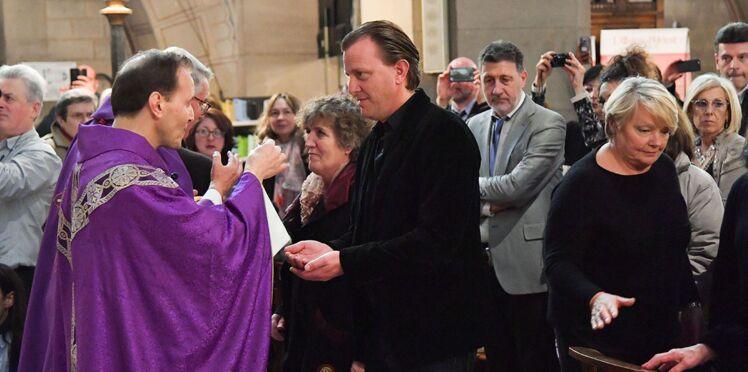 Photos - La famille de Claude François réunie pour le 40e anniversaire de sa mort