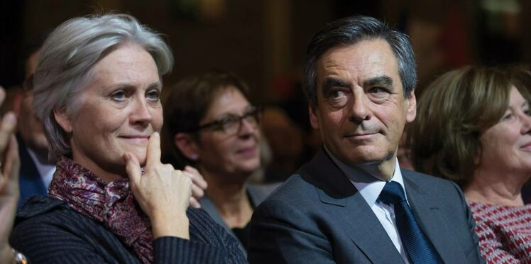 Photos - François et Penelope Fillon s'éclatent en Aston Martin