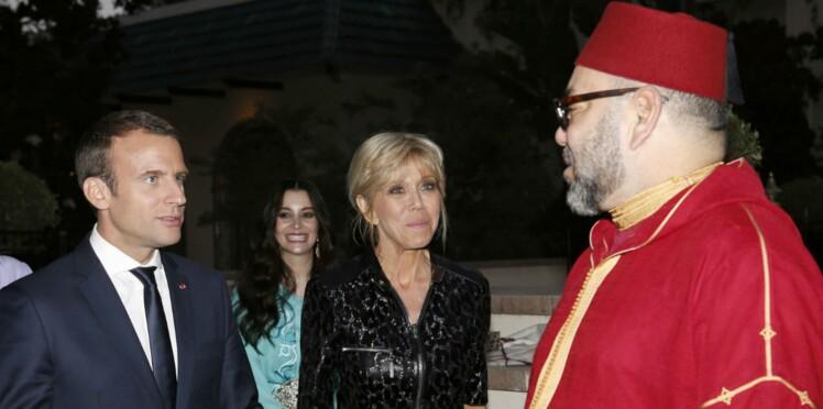 Photos - Brigitte Macron en longue robe noire scintillante pour rompre le jeûne au Maroc