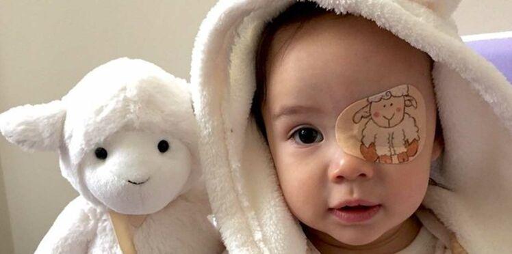 Photos : l'adorable idée d'un papa pour cacher l'oeil de sa fille