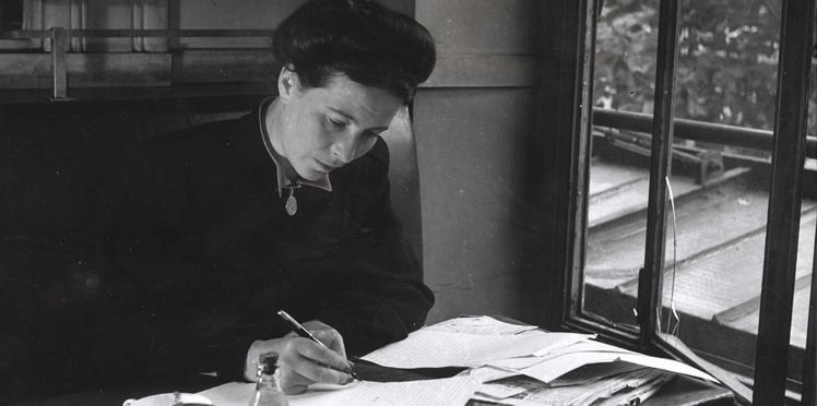Photos – Les plus beaux clichés de Simone de Beauvoir