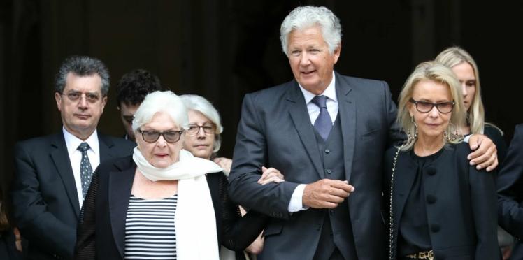 Photos – Obsèques de Pierre Bellemare : Michel Drucker, Line Renaud… tous réunis pour un dernier hommage