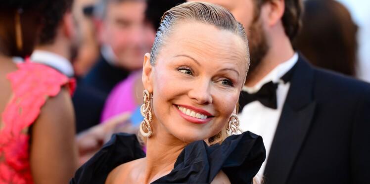 Photos - Pamela Anderson, méconnaissable : mais que lui est-il arrivé ?