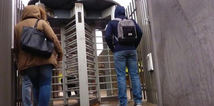 Des portiques à l'entrée des lycées: une bonne idée selon vous?