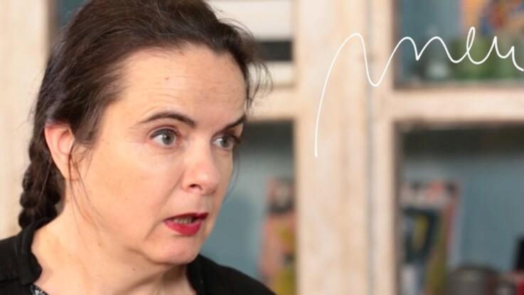 """Amélie Nothomb nous dit pourquoi elle met le mot """"pneu"""" dans tous ses livres"""