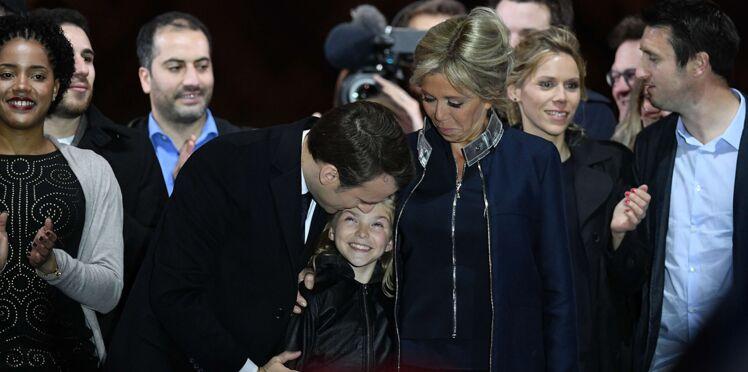 Pourquoi Brigitte Macron ne voulait pas que sa petite-fille Emma monte sur scène le 7 mai